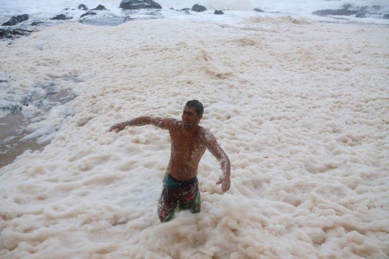Βίντεο: «Πλημμύρησε» με αφρό η Αυστραλία