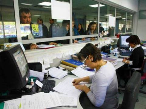 Κατασχέσεις εισοδημάτων για χρέη μέχρι 3.000 ευρώ
