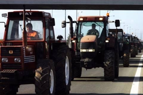 Σε κινητοποιήσεις καλεί τους αγρότες η ΠΑΣΕΓΕΣ