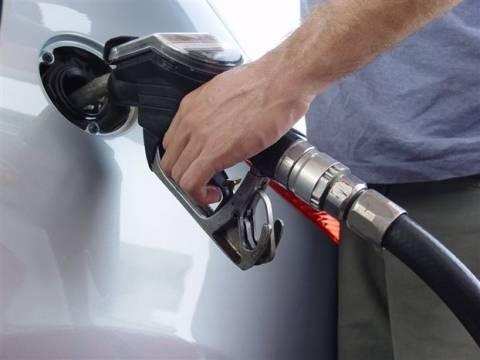 ΤτΕ: Τα καρτέλ κρατούν ψηλά τις τιμές στη βενζίνη