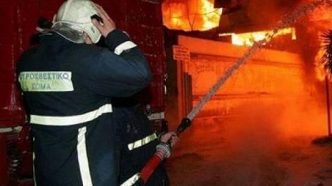Πυρκαγιά σε γκαρσονιέρα-Με εγκαύματα ο ένοικος
