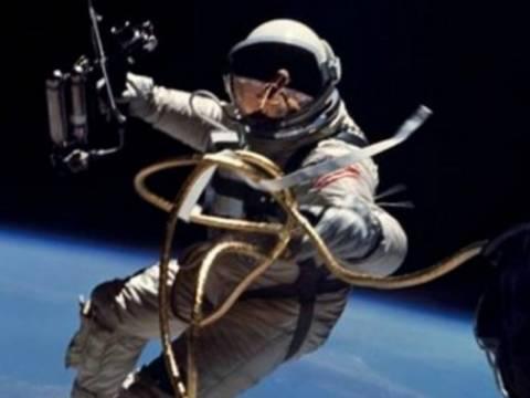Βίντεο: Tι συμβαίνει όταν ανοίγεις μια κονσέρβα στο διάστημα;