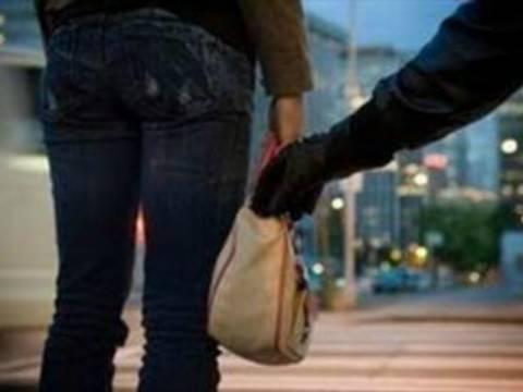 Κρήτη: Δεν φαντάζεστε πόσες τσάντες είχε αρπάξει σε έναν χρόνο