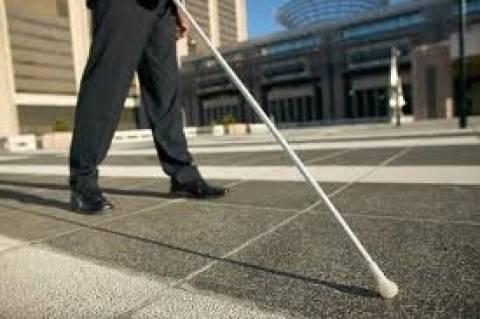 Έκκληση για τεχνητό μέλος σε ακρωτηριασμένο τυφλό και νεφροπαθή