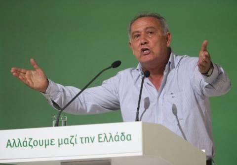 Παναγιωτακόπουλος: Πάρτε πίσω το ερωτηματολόγιο, είναι γελοιότητα