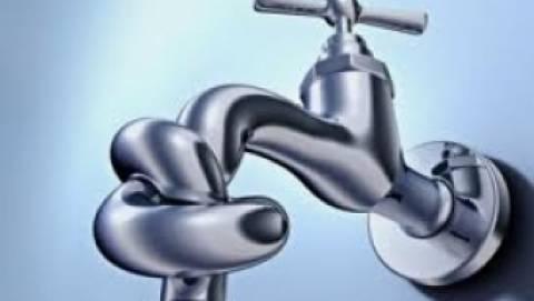 Ορεστιάδα: Περιμένουν να βρέξει για να πλυθούν