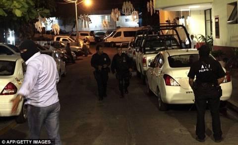 ΣΟΚ: Επιτέθηκαν σε τουρίστες, τους έδεσαν και βίασαν τις κοπέλες