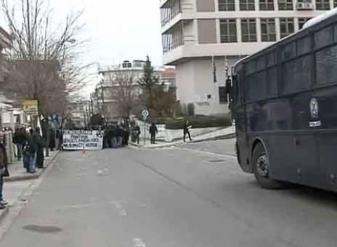 Πορεία αντεξουσιαστών στην Κοζάνη