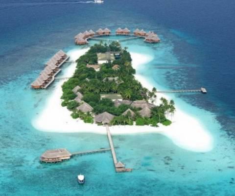 13+1 εξωτικά ξενοδοχεία που θα ήθελες να… ναυαγήσεις!