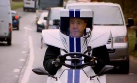 """Βίντεο: Στο """"Top Gear"""" οδηγούν το μικρότερο αυτοκίνητο του κόσμου"""