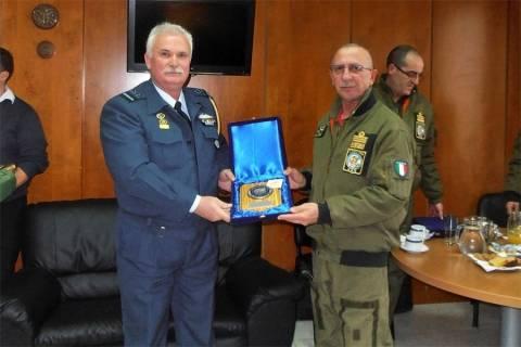 Επίσκεψη Διοικητή ΔΑΕ Ιταλικής Πολεμικής Αεροπορίας στην 120 ΠΕΑ