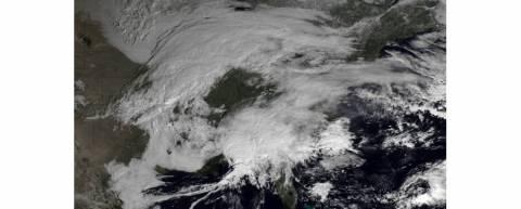 Βίντεο: Αντιμέτωπη με τη χειρότερη χιονοθύελλα από το 1978 η Αμερική