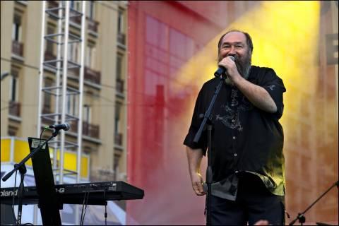 Τ. Πανούσης is back: Ο Σαμαράς έφερε τους Αλβανούς – Επανάσταση τώρα
