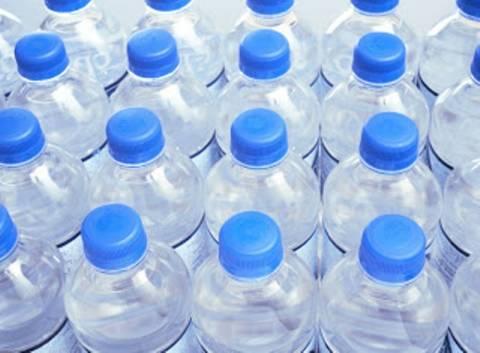 Εμφιαλωμένο νερό: Μάθε μυστικά που θα σε τρομάξουν!