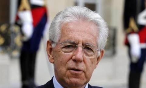 Μόντι: Αν ξαναβγεί ο Μπερλουσκόνι, κινδυνεύει η Ευρωζώνη