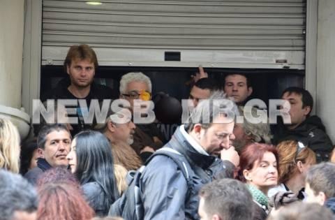 Διαμαρτυρία κατοίκων της Πάρου στο κέντρο της Αθήνας (pics)