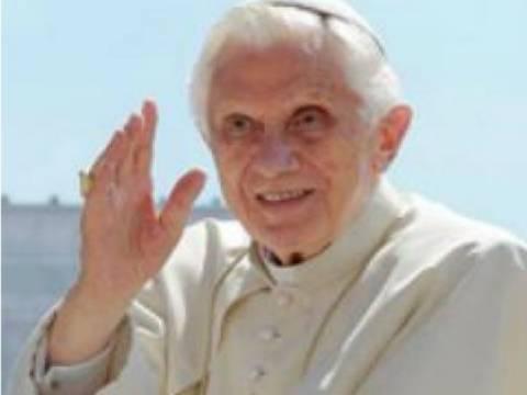Δείτε τι έγραψε στο τελευταίο tweet του ο Πάπας