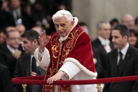 Φωτογραφία-σοκ από το παρελθόν του Πάπα Βενέδικτου
