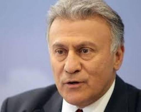 Σοκαρισμένος ο Π. Ψωμιάδης-Βρήκε τον φρουρό του μέσα σε λίμνη αίματος