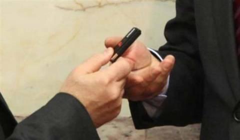 Στα χέρια των βουλευτών το στικάκι με τη λίστα Λαγκάρντ