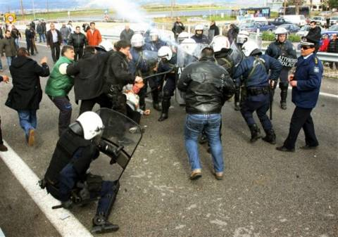 Δικάζονται οι 12 συλληφθέντες αγρότες της Ανθήλης