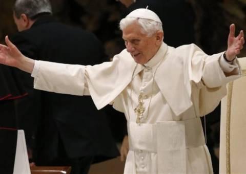 «Ασφάλεια και προστασία» θα εξασφαλίσει το Βατικανό στον Βενέδικτο