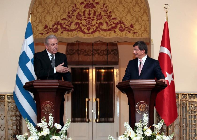 Το παρασκήνιο της επίσκεψης  Αβραμόπουλου στην Τουρκία