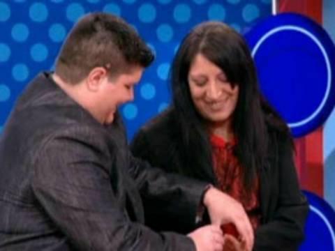 Έκανε αλλαγή φύλου και πρόταση γάμου στην εκπομπή της Αννίτας!