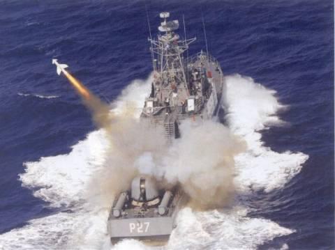 Πολεμικό Ναυτικό: Δοκιμές-βολές σε νέα επικίνδυνα σενάρια