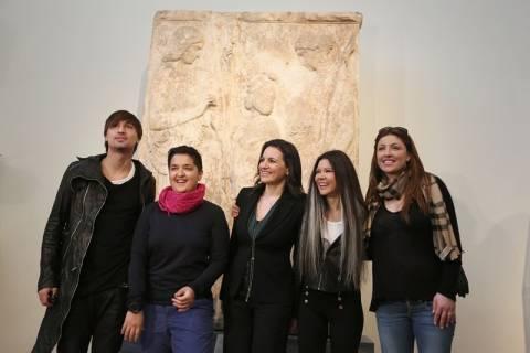 Η Κεφαλογιάννη πήγε την Παπαρίζου και τη Ρουσλάνα στο Μουσείο