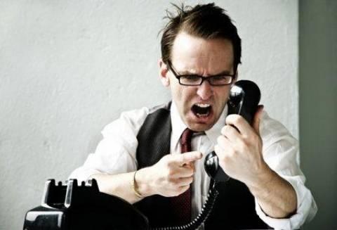 Παράνομες οι κλήσεις εισπρακτικών εταιριών σε οφειλέτες