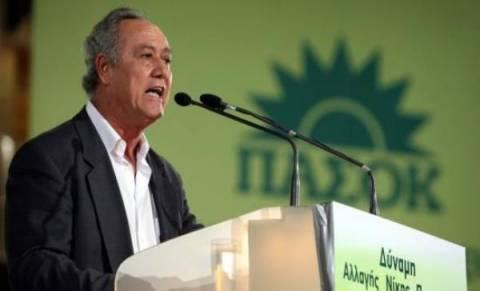 Παναγιωτακόπουλος:Να παραιτηθούν οι Βενιζελικοί-Όχι άλλοι «κηπουροί»