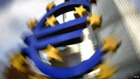 FAZ: Η Ελλάδα αναμένει τα κέρδη από τα ομόλογα