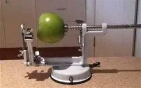 Κάποιος έβαλε πολύ μυαλό για να φτάξει αυτό το μηχάνημα!
