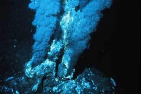 Ανακαλύφθηκαν οι βαθύτερες υποθαλάσσιες υδροθερμικές πηγές στον κόσμο