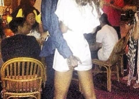 «Καυτά» ενσταντανέ: Το δώρο του Chris Brown στην Rihanna!