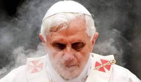 Ο Πάπας ευχαρίστησε τους πιστούς στην τελευταία λειτουργία