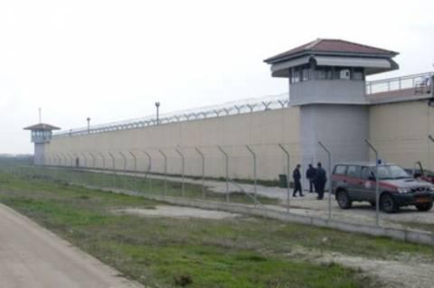 Συνεχίζονται οι έρευνες στις φυλακές των Τρικάλων
