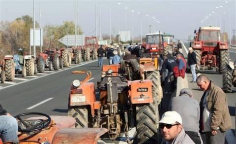 Συνεδριάζουν οι αγρότες για το μέλλον των κινητοποιήσεων