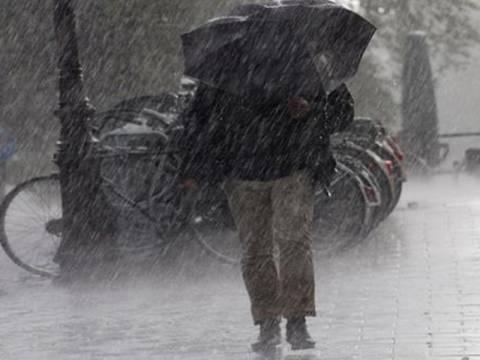 Πρόσκαιρη επιδείνωση του καιρού με βροχές και καταιγίδες
