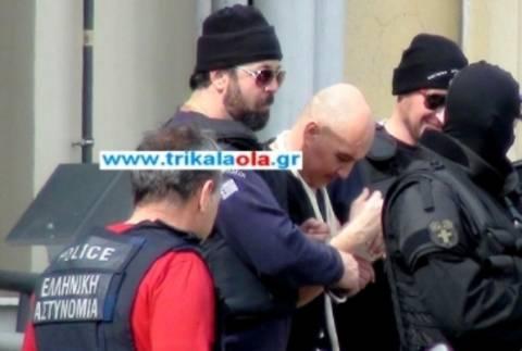 Βίντεο από την επιστροφή του Βλαστού στις φυλακές Τρικάλων