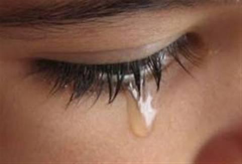 ΣΟΚ: Ανήλικη θύμα βιασμού καταδικάστηκε σε μαστίγωμα!