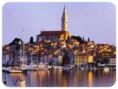 Κροατία: Αποφασίστηκε μείωση μισθών των δημοσίων υπαλλήλων κατά 3%