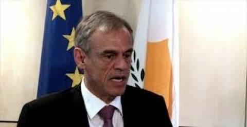 Κύπρος: Κομίζει στις Βρυξέλλες πρόταση για το «ξέπλυμα χρήματος»