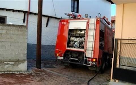 Φωτιά σε σπίτι στο Καματερό - Στο νοσοκομείο μία γυναίκα
