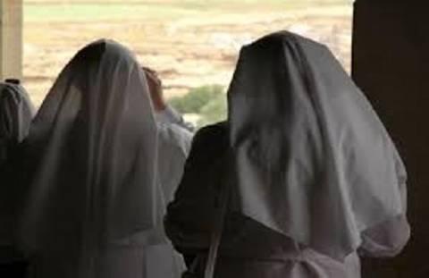 Ηράκλειο: «Καλόγριες» κάνουν έρανο για...μοναστήρι!