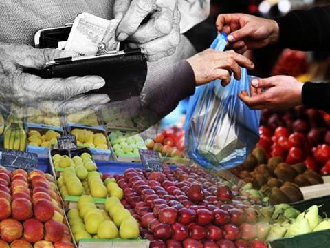 Αγοράζουν τα φρούτα με το κομμάτι οι Έλληνες