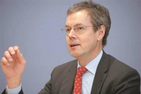 Μπόφινγκερ: Όχι σε νέα μέτρα λιτότητας στην Ελλάδα