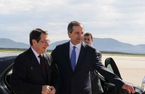 Financial Times: Η Κύπρος ζητά τη βοήθεια της Ελλάδας