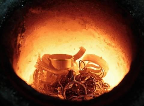 Εισαγγελική παρέμβαση για τα παράνομα χυτήρια χρυσού